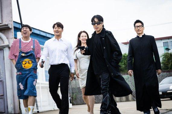 """""""한국은 콘텐츠 시장 트렌드세터, 대대적 투자로 창의성 알리겠다"""" [Weekend 문화]"""