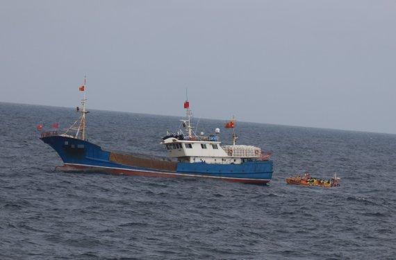 목포해경, 신안 가거도 해상서 불법조업 중국어선 1척 나포
