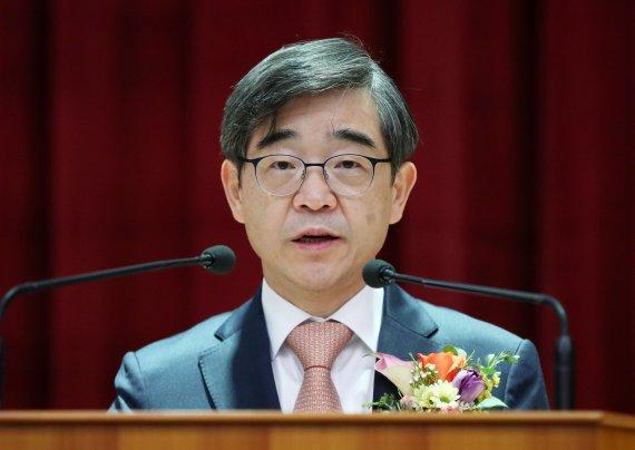 검찰 '권순일-이재명 재판거래 의혹' 수사 개시…대법에 협조요청