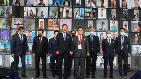 월드옥타 신임 회장에 장영식 에이산그룹 회장