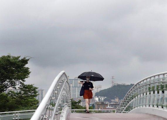 인천 대체로 흐리고 아침까지 빗방울…예상 강수량 1mm 내외