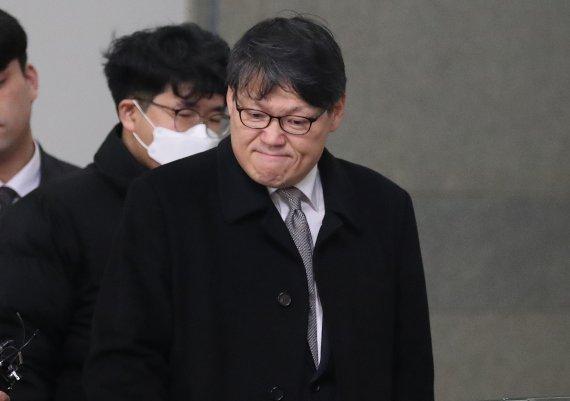 '김학의 불법출금' 이광철·이규원·차규근 오늘 첫 공판…법정 나올 듯