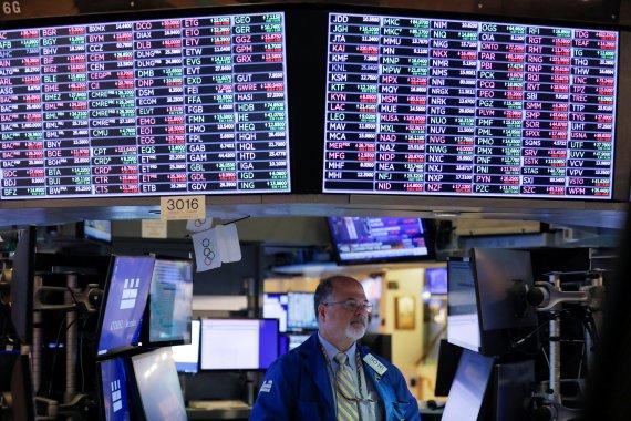 [뉴욕마감]실적 호조 일제 급등…S&P 1.7% 7개월 만에 최대, 다우 1.56%