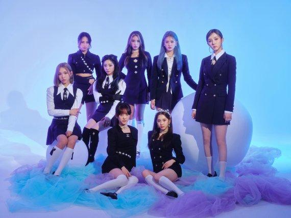 라잇썸, 신곡 '비바체'로 벅스 8위→아이튠즈 7개 지역 상위권 랭크
