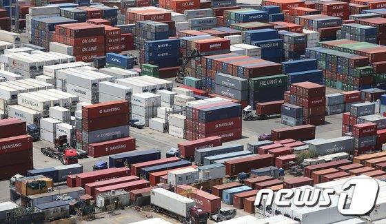 [속보]9월 수출 전년비 16.7% 증가 558억 달러…역대 월 수출액 1위